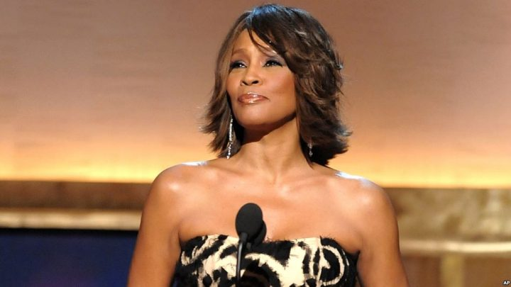 Showtime y la BBC demandados por documental sobre Whitney Houston noviembre 28, 2018 Voz de América – Redacción